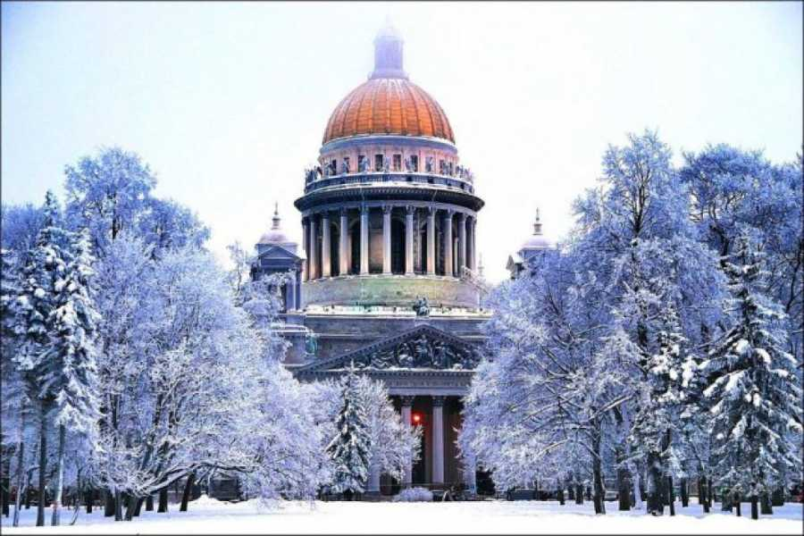Новогодний тур в Санкт Петербург